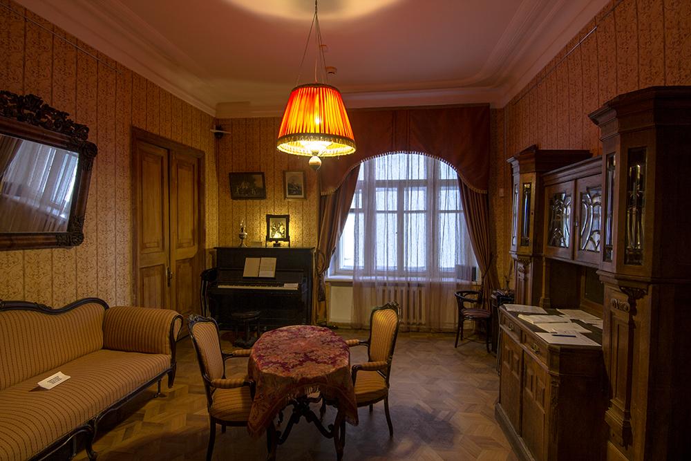 1г Большая Садовая, 10_экспозиция_гостиная