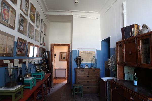 Примусы на кухне в квартире Михаила Булгакова на Большой Садовой, дом 10 (127)