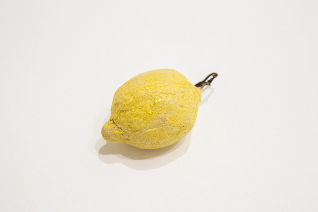 Украшение ёлочное: лимон. Первая треть XX века